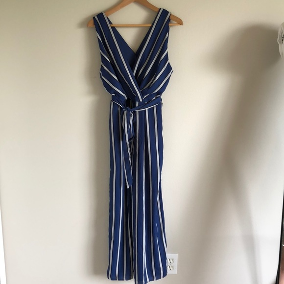 6d66fdabb498 blue and white striped jumpsuit !